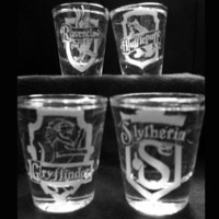 Set of 4 Hogwarts Shot Glasses