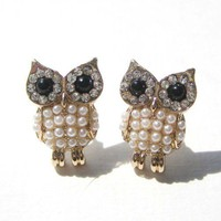 Owl Earrings - White and Gold Pearl Details | dotoly - Jewelry on ArtFire