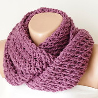 Infinity Scarf, Loop Scarf, Circle Scarf, Winter Cowl -  Purple  Chunky