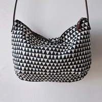 DAY BAG - triangle