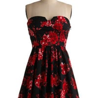 Petals at Your Pleat Dress | Mod Retro Vintage Printed Dresses | ModCloth.com