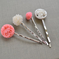 Pink and White Flower Hair Pins, Flower Bobby Pins, Vintage Buttons, Resin Cabochon Hair Accessory