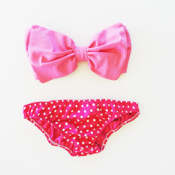 Vintage Bow Bandeau Sunsuit Bikini . DiVa Halter Neck. Bubble Gum Pink  Halter Neck top & pink and white panties. Sexy and cute Pin up Style