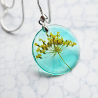 Petite Pressed Flower Necklace 01 Yellow Turquoise Queen Anne&#x27;s Lace Small Resin Jewelry Dandelion Transparent Pendant 925 Silver Plated