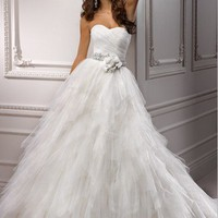 pictures of 2012 Spring Fashion Wedding Dresses IDB627