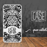 Personalized case for iPhone 5 and iPhone 4 / 4s - Plastic iPhone case - Rubber iPhone case - Name iPhone case - CB012