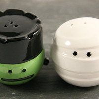Frankie &amp; Mummy Salt &amp; Pepper Shakers