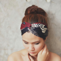 Paris je t'aime, Turban Twist Headband - red blue white grey graphic print