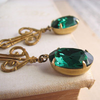 St Patrick&#x27;s Day emerald green earrings vintage by shadowjewels