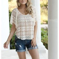 ALLOVER LACE TOP