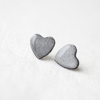 FREE WORLDWIDE SHIPPING - Silver Grey Glitter Heart Stud Earrings
