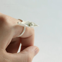T14 Sheath Organic Ring with Metal Pearl