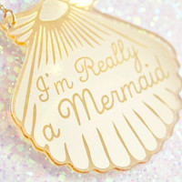 Mermaid Jewelry // A Mermaid gave me this Gold Shell Necklace // mermaid necklace