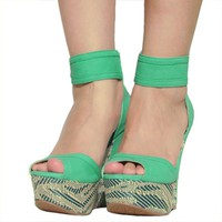 Women&#x27;s Qupid Green Ankle Strap Peep Toe Raffia Platform Wedge (Finder109)