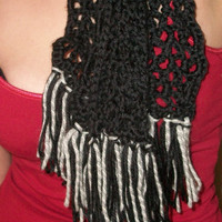 Womens lacey scarf/Neck wear
