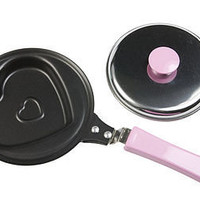 heart-shaped frying pan by the heart store