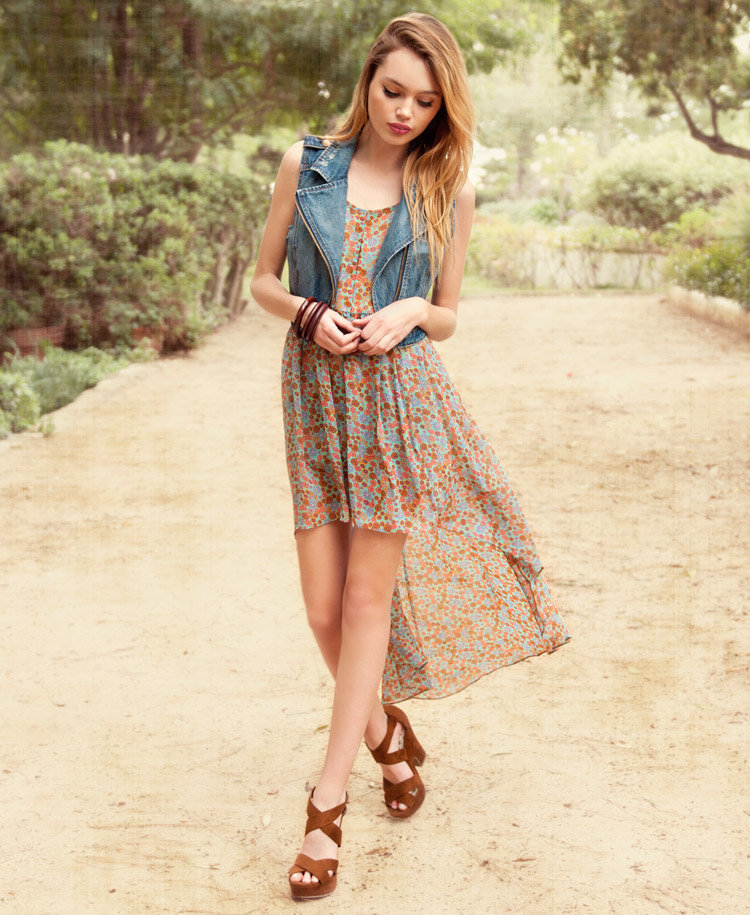 Vintage-Inspired Floral High-Low Dress