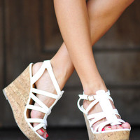 RESTOCK Walk In My Wedges: White | Hope&#x27;s