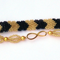 Infinity Bracelet. Gold and Black Bracelet. Beaded Chevron Bracelet. Beadwork.