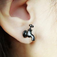 Cool Black Tap Stud Earring 1 pcs