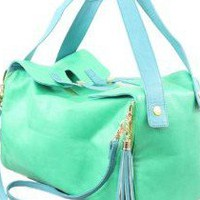 Nila Anthony Satchel