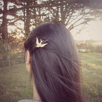 Gold Bird Bobby Pin - Rustic Woodland Wedding Hair Accessories - Nature Inspired Cute Adorable Indie Boho Elegant Romantic Whimsical Dreamy