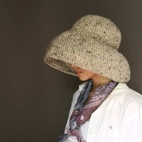 NEW Floppy Weekend Hat in Oatmeal by Yokoo on Etsy