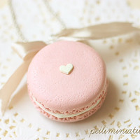 Food Jewelry - Barely Pink Macaron Necklace