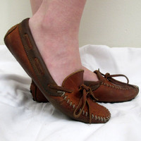Vintage Minnetonka Moccasins Brown Leather Womens Size 8 1/2 Slip Ons Shoes