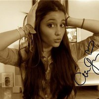 ** ARIANA GRANDE SIGNED PHOTO 8X10 RP AUTOGRAPHED * VICTORIOUS !