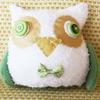 BOObeloobie Orli The Owl In Olive Green, White And Cream With A Yellow Beak And Wing Detail