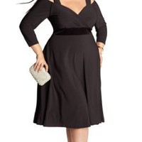 IGIGI Women's Plus Size Siren Dress in Black 12