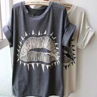 Lips Pattern Roll Sleeve Design T-shirt