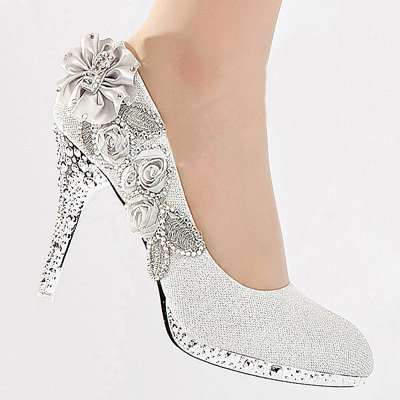 Silver Vogue Lace Flowers Glitter Crystal From Store Here On EBay