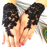 Wedding Gloves, Black Lace gloves, Fingerless Gloves, Black wedding, off cuffs, cuff wedding, bride, bridal gloves, Bridal cuffs