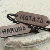 Hakuna Matata - Set of two - adjustable leather bracelets - gaucho knot secured