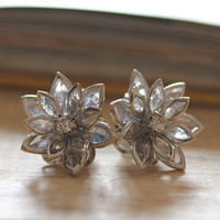 Flower Plugs Size 4g 2g 0g 00g and Up Vintage Inspired Clear w Rhinestone Gauges Size 4 2 0 00 or Pierced Wedding Bridal Wear