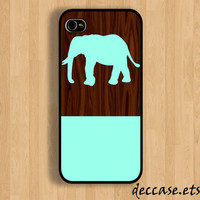 IPHONE 5 CASE Mint Elephant on Dark Wooden Pattern iPhone 4 case iPhone 4S case iPhone case Hard Plastic Case Soft Rubber Case