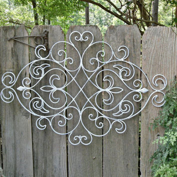 white shabby chic metal wall decor fleur from. Black Bedroom Furniture Sets. Home Design Ideas