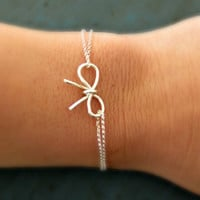 Sterling Silver Bow Bracelet Bridesmaid Jewelry Gifts Tie the Knot gift