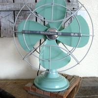 Vintage 1960&#x27;s Westinghouse Fan Seafoam/Aqua by pickingvintage