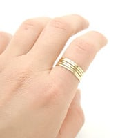 Shiny Polished Raw Brass Hammered Thin Stack Ring , Skinny Stacking Rings Set of 5 - Simple Modern Minimal Rings - Mother&#x27;s Day