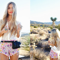 Lookbooks Valley Girl at Nasty Gal
