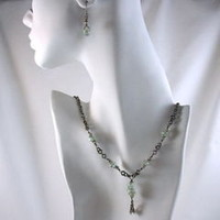 Green Glass Necklace and Earring Set Handmade Niobium Chain
