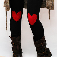 Red heart patched leggings, tights in black