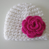 Newborn Baby   Beanie white and dark pink flower Hat