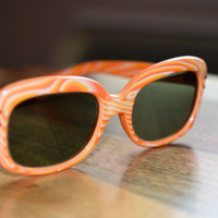 Vintage Peach Woodgrain look Sunglasses NOS