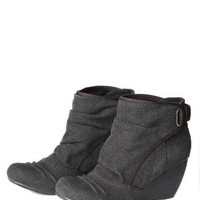 Blowfish Hichi Ankle Boots in Distressed Black - $59.00 : ThreadSence.com, Your Spot For Indie Clothing & Indie Urban Culture