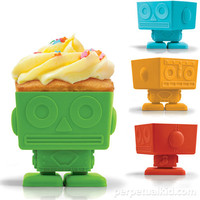 YUMBOT ROBOT CUPCAKE MOLDS