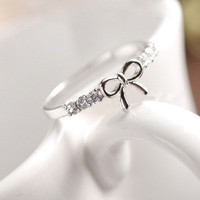 Candyspell — CZ Stones Bow Ring